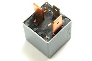 relais pompe à essence prechauffage