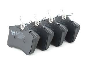 Kit de plaquettes de frein, frein à disque Essieu arrière STARK